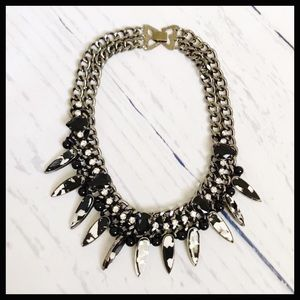 Jewelry - Fashion gunmetal and black princess chain necklace
